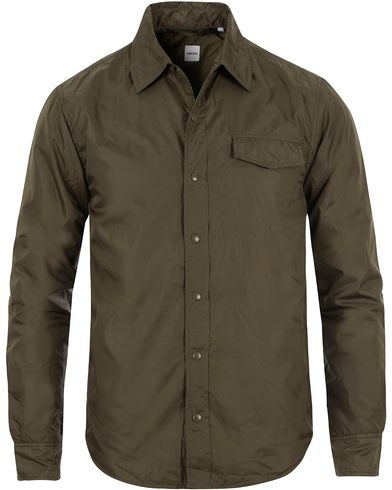 Aspesi Marvin Shirt Nylon Jacket Army Green i gruppen Kläder / Jackor / Tunna jackor hos Care of Carl (13568211r)
