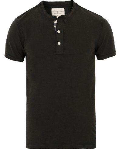 Denim & Supply Ralph Lauren Printed Flag Short Sleeve Granpa Black i gruppen T-Shirts / Kortärmade t-shirts hos Care of Carl (13590011r)