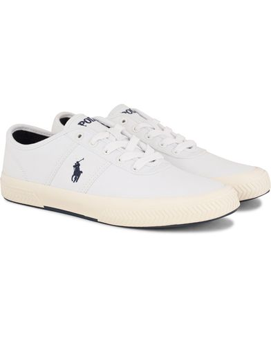 Polo Ralph Lauren Tyrian Canvas Sneaker Pure White i gruppen Skor / Sneakers / Låga sneakers hos Care of Carl (13591811r)