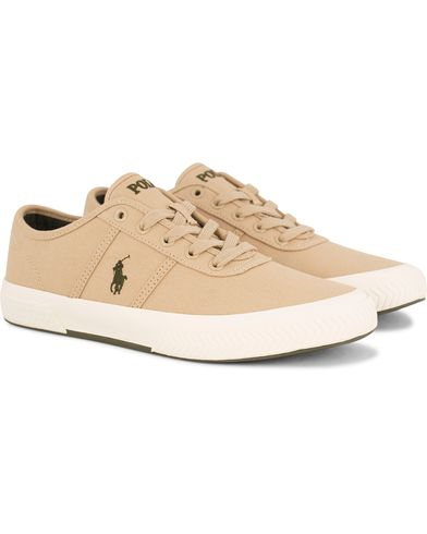 Polo Ralph Lauren Tyrian Canvas Sneaker Khaki i gruppen Skor / Sneakers hos Care of Carl (13592011r)