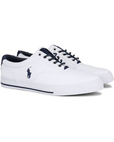 Polo Ralph Lauren Vaughn Canvas Sneaker Pure White i gruppen Skor / Sneakers / Låga sneakers hos Care of Carl (13592211r)