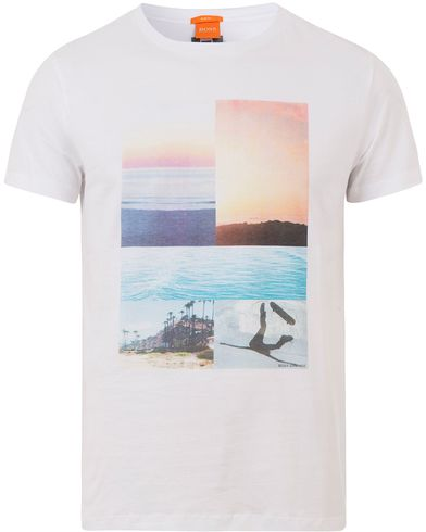 Boss Orange Tacket 3 Beach Tee White i gruppen Design A / T-Shirts / Kortärmade t-shirts hos Care of Carl (13599711r)