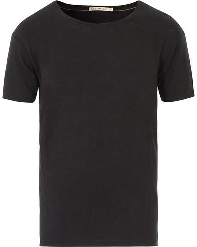 Nudie Jeans Olle Linen Crew Neck Tee Black i gruppen T-Shirts / Kortärmade t-shirts hos Care of Carl (13601911r)