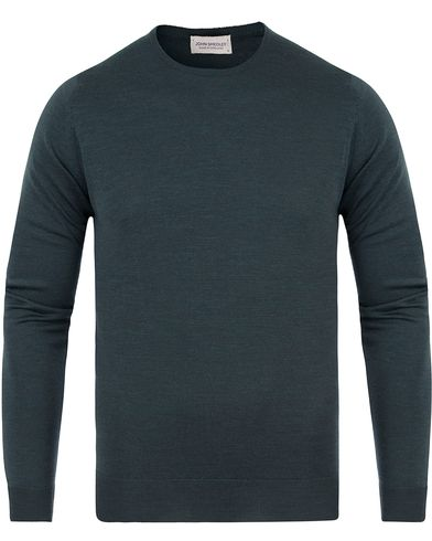 John Smedley Lundy Extra Fine Merino Crew Neck Racing Green i gruppen Tröjor / Pullovers / Rundhalsade pullovers hos Care of Carl (13612411r)