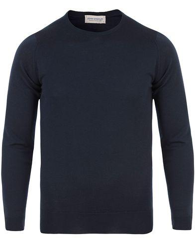 John Smedley Lundy Extra Fine Merino Crew Neck Midnight i gruppen Kläder / Tröjor / Pullovers / Rundhalsade pullovers hos Care of Carl (13612811r)