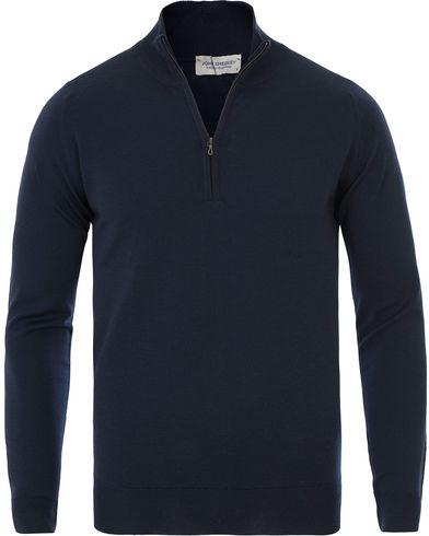 John Smedley Barrow Extra Fine Merion Half Zip Navy i gruppen Tröjor / Zip-tröjor hos Care of Carl (13613311r)