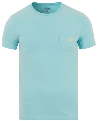 Polo Ralph Lauren Crew Neck Pocket Tee True Aqua i gruppen T-Shirts / Kortärmade t-shirts hos Care of Carl (13632511r)