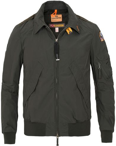 Parajumpers Brigadier Flyweight Jacket Bush i gruppen Jackor / Tunna jackor hos Care of Carl (13656411r)