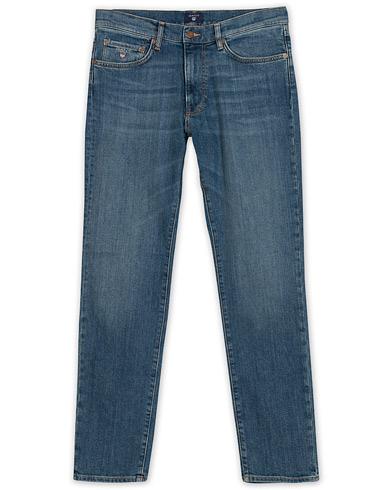 GANT Slim Straight Jeans Mid Blue i gruppen Klær / Jeans / Avsmalnende jeans hos Care of Carl (13672011r)
