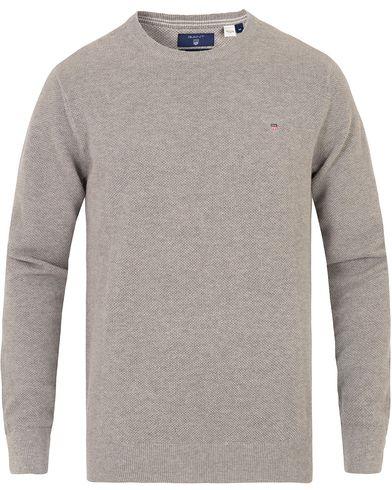 Gant Cotton Pique Crew Neck Grey Melange i gruppen Tröjor / Stickade tröjor hos Care of Carl (13673911r)