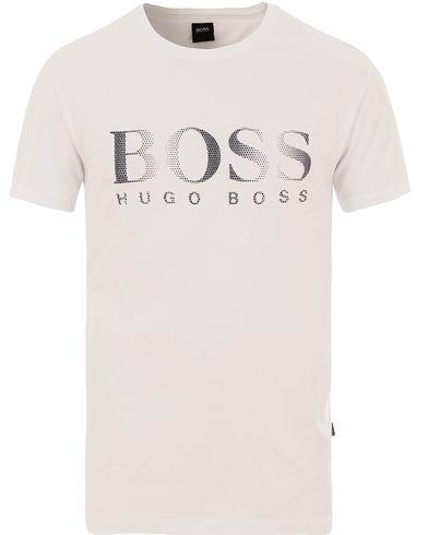 BOSS Logo Tee White i gruppen Kläder / T-Shirts / Kortärmade t-shirts hos Care of Carl (13686711r)