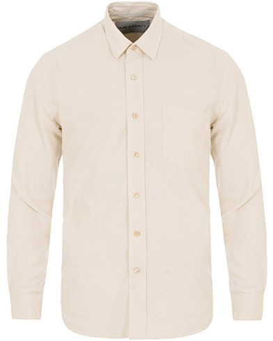 Our Legacy Classic Silk Shirt White i gruppen Kläder / Skjortor / Casual / Casual skjortor hos Care of Carl (14044411r)