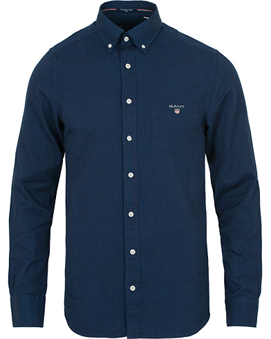 GANT Slim Fit Indigo Shirt Dark Washed i gruppen Klær / Skjorter hos Care of Carl (14240311r)