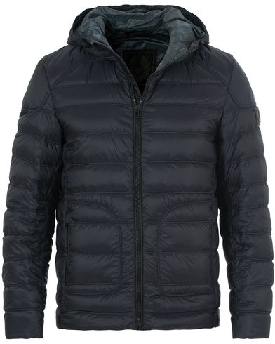 Belstaff Fullarton Hooded Down Jacket Dark Ink i gruppen Tøj / Jakker / Forede jakker hos Care of Carl (14259411r)