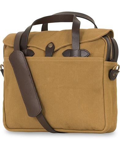 Filson Original Briefcase Tan Canvas  i gruppen Assesoarer / Vesker / Dokumentvesker hos Care of Carl (14339510)