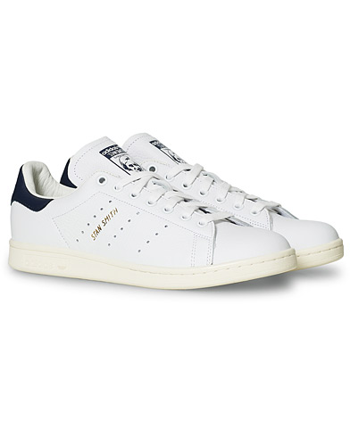 adidas Originals Stan Smith Leather Sneaker White/Navy i gruppen Sko / Sneakers / Sneakers med lavt skaft hos Care of Carl (14527811r)