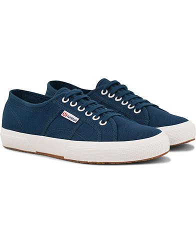 Superga Canvas Sneaker Mid Blue Cobalt i gruppen Sko / Sneakers / Sneakers med lavt skaft hos Care of Carl (14618911r)