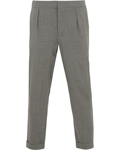 Barena Nitro Pleated Trousers Light Grey i gruppen Klær / Bukser / Dressbukser hos Care of Carl (14635711r)
