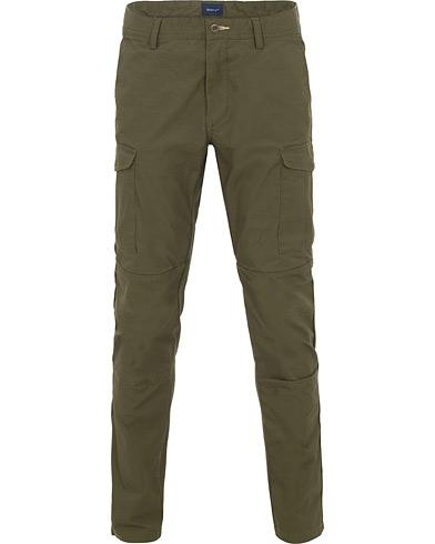 GANT Slim Utility Cargo Pants Kalamata Green i gruppen Kläder / Byxor / Cargobyxor hos Care of Carl (14696311r)
