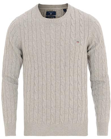 GANT Cotton Cable Crew Neck Pullover Light Grey Melange i gruppen Kläder / Tröjor / Stickade tröjor hos Care of Carl (14699311r)