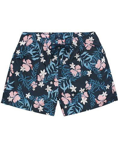 GANT Summer Floral Swim Shorts Navy i gruppen Klær / Badeshorts hos Care of Carl (14711111r)