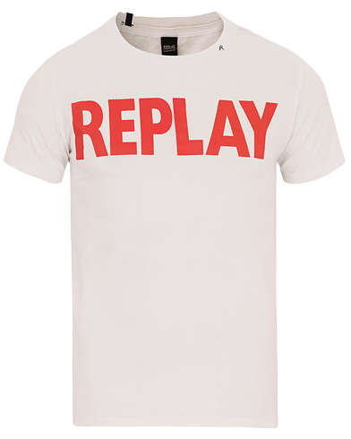 Replay M3471 Logo Crew Neck Tee Opitcal White i gruppen Klær / T-Shirts / Kortermede t-shirts hos Care of Carl (14740911r)