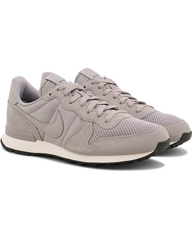 Nike Internationalist Sneaker Atmosphere Grey i gruppen Sko / Sneakers / Running sneakers hos Care of Carl (14850611r)