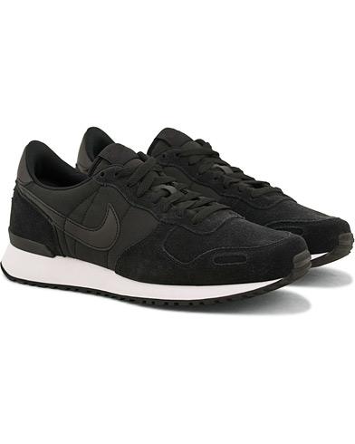 Nike Air Vortex Running Sneaker Black i gruppen Sko / Sneakers / Running sneakers hos Care of Carl (14851111r)
