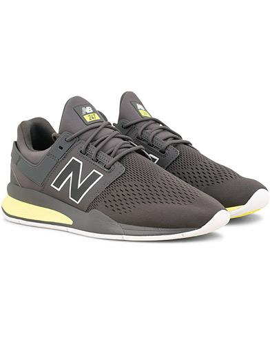 New Balance 247 Running Sneaker Grey i gruppen Sko / Sneakers / Running sneakers hos Care of Carl (15007211r)