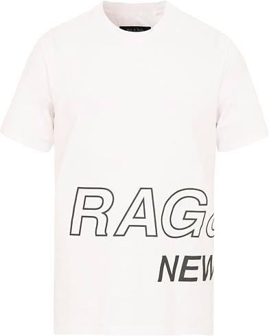 rag & bone RB Wrap Around Tee White i gruppen Klær / T-Shirts / Kortermede t-shirts hos Care of Carl (15044111r)