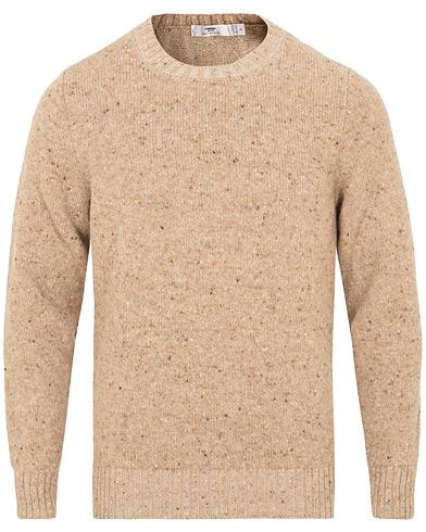 Inis Meáin Merino/Cashmere Crew Neck Donegal Sweater Beige i gruppen Klær / Gensere / Strikkede gensere hos Care of Carl (15084111r)