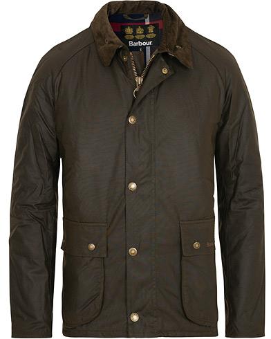 Barbour Lifestyle Strathyre Wax Jacket Olive i gruppen Klær / Jakker / Voksede jakker hos Care of Carl (15100211r)