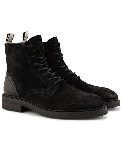 GANT Martin Boot Black Suede i gruppen Sko / Støvler / Snørestøvler hos Care of Carl (15105111r)