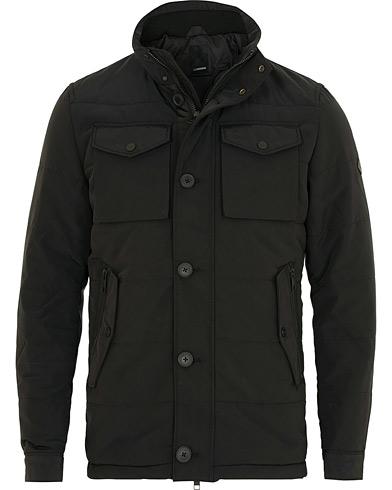 J.Lindeberg Bailey Structured Poly Jacket Black i gruppen Kläder / Jackor / Field jackets hos Care of Carl (15117011r)