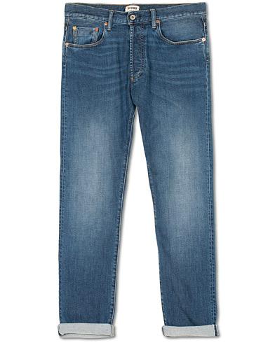 C.O.F. Studio M7 High Rise Tapered Fit Selvedge Stretch Jeans Washed Blue i gruppen Klær / Jeans / Avsmalnende jeans hos Care of Carl (15131811r)