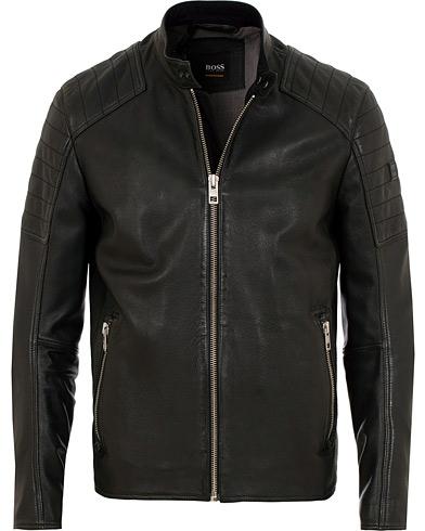 BOSS Casual Jaysee Biker Leather Jacket Black i gruppen Klær / Jakker / Skinnjakker hos Care of Carl (15154011r)