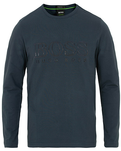 BOSS Athleisure Togn US Long Sleeve Tee Night Watch i gruppen Klær / T-Shirts / Langermede t-shirts hos Care of Carl (15156811r)