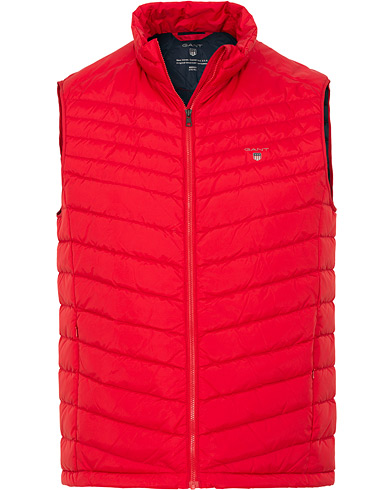 GANT The Airlight Down Vest Red i gruppen Kläder / Västar hos Care of Carl (15203611r)