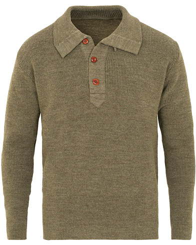 The Workers Club Shawl Collar Sweater Khaki i gruppen Kläder / Tröjor / Stickade tröjor hos Care of Carl (15227411r)
