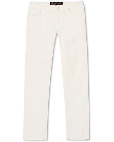 Jacob Cohën 5-Pocket Gabardine Trousers Off White i gruppen Klær / Bukser / 5-lommersbukser hos Care of Carl (15228011r)