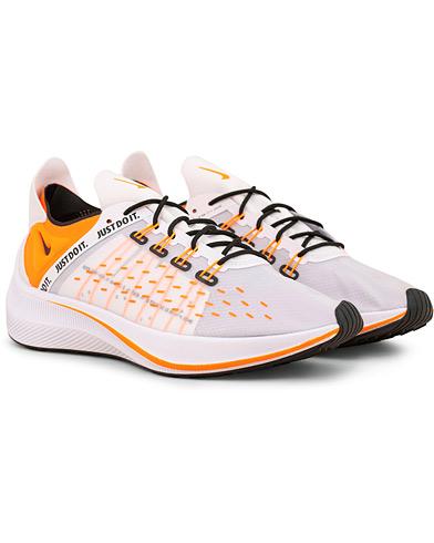 Nike EXP-14 Just Do It Running Sneaker White i gruppen Sko / Sneakers / Running sneakers hos Care of Carl (15234011r)