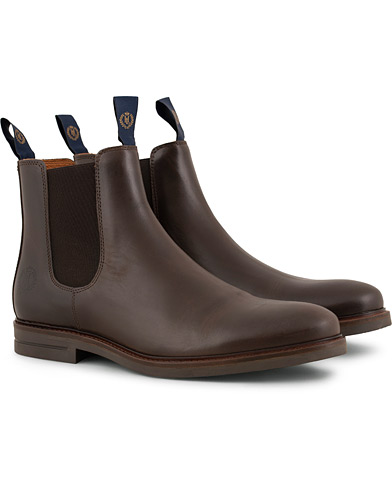 Henri Lloyd Graham Boot Prime Dark Brown Calf i gruppen Sko / Støvler / Chelsea boots hos Care of Carl (15243211r)