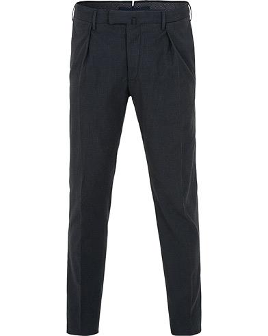 Incotex Slim Fit Cashmere Touch Pleated Trousers Dark Blue i gruppen Klær / Bukser / Dressbukser hos Care of Carl (15249011r)