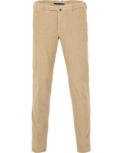 Incotex Garment Dyed Baby Cord Stretch Trousers Khaki i gruppen Kläder / Byxor / Manchesterbyxor hos Care of Carl (15249611r)