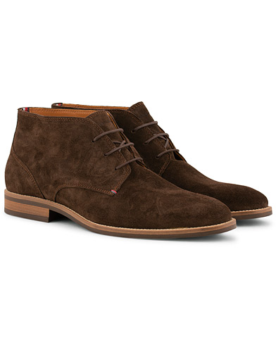 Tommy Hilfiger Daytona Chucka Boot Coffe Bean Suede i gruppen Skor / Kängor / Chukka boots hos Care of Carl (15250811r)