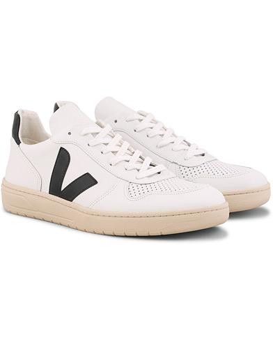 Veja V-10 Leather Sneaker Extra White/Black i gruppen Sko / Sneakers / Sneakers med lavt skaft hos Care of Carl (15255711r)