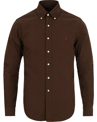Polo Ralph Lauren Slim Fit Garment Dyed Oxford Shirt Mohican Brown i gruppen Klær / Skjorter / Oxfordskjorter hos Care of Carl (15283811r)