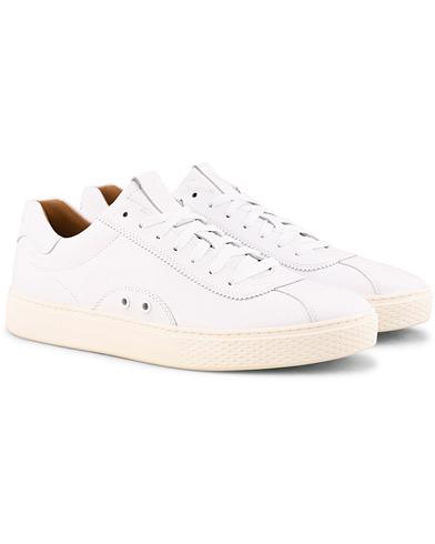 Polo Ralph Lauren Court 100 Lux Sneaker White i gruppen Sko / Sneakers / Sneakers med lavt skaft hos Care of Carl (15301711r)
