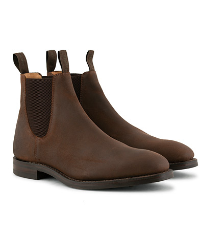 Loake 1880 Chatsworth Chelsea Boot Brown Waxed Suede i gruppen Sko / Støvler / Chelsea boots hos Care of Carl (15350711r)