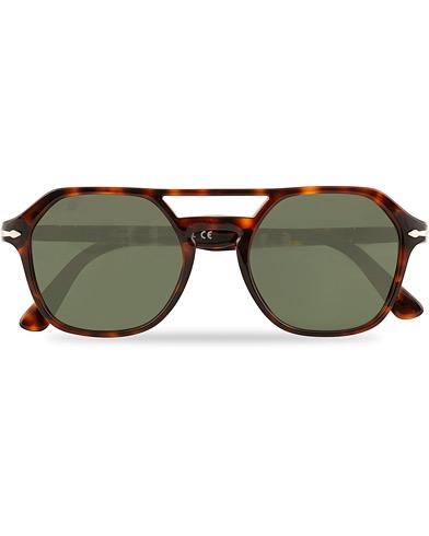 Persol 0PO3206S Sunglasses Havana  i gruppen Assesoarer / Solbriller / Firkantede solbriller hos Care of Carl (15402110)